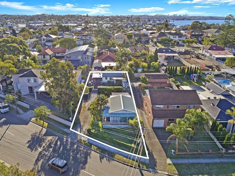 140 Holt Road, Taren Point