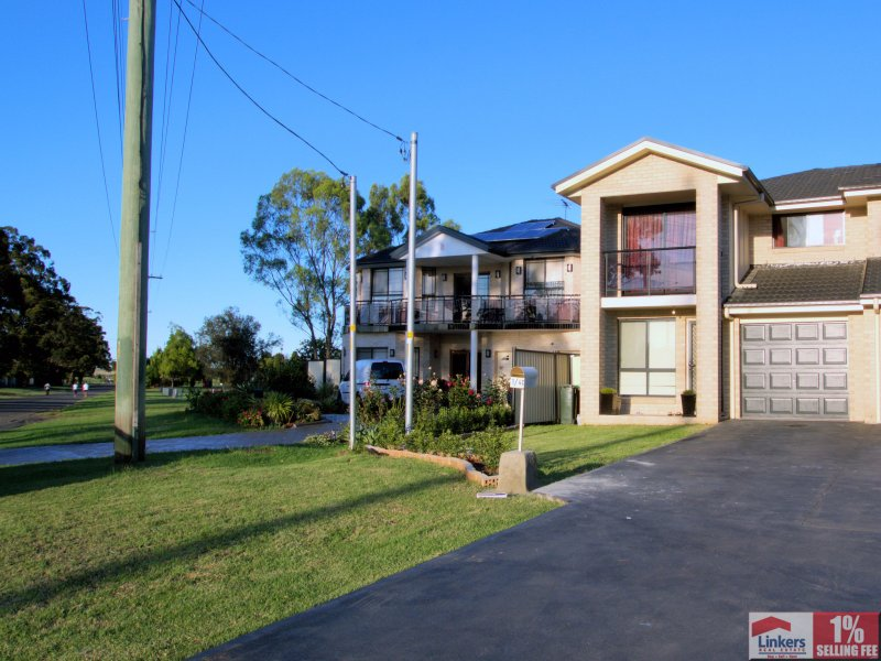 1/4C Victoria Road, Minto, NSW 2566
