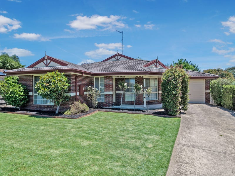 25 Cottage Crescent, Kilmore, Vic 3764