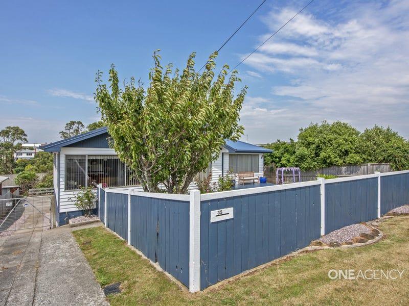 35 Robert Street, Smithton, Tas 7330