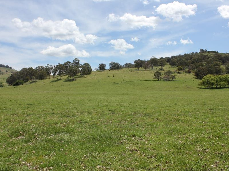 66 Grahams Valley Rd, Glen Innes, NSW 2370