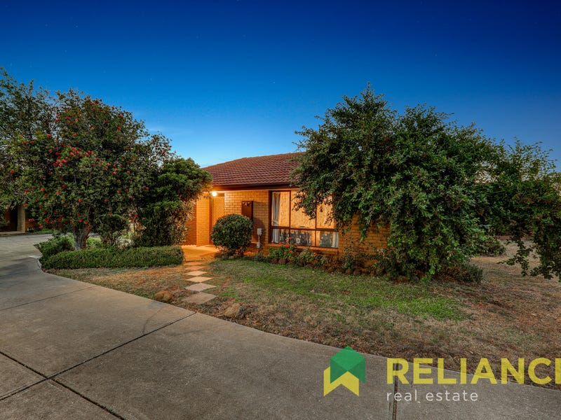 4/55-61 Barries Road, Melton, Vic 3337