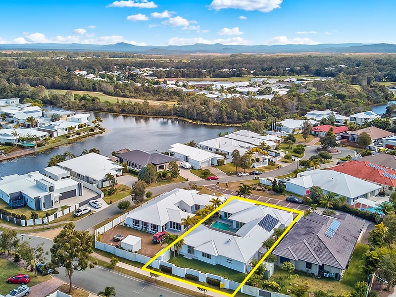 4 Ballinger Place, Pelican Waters, Qld 4551
