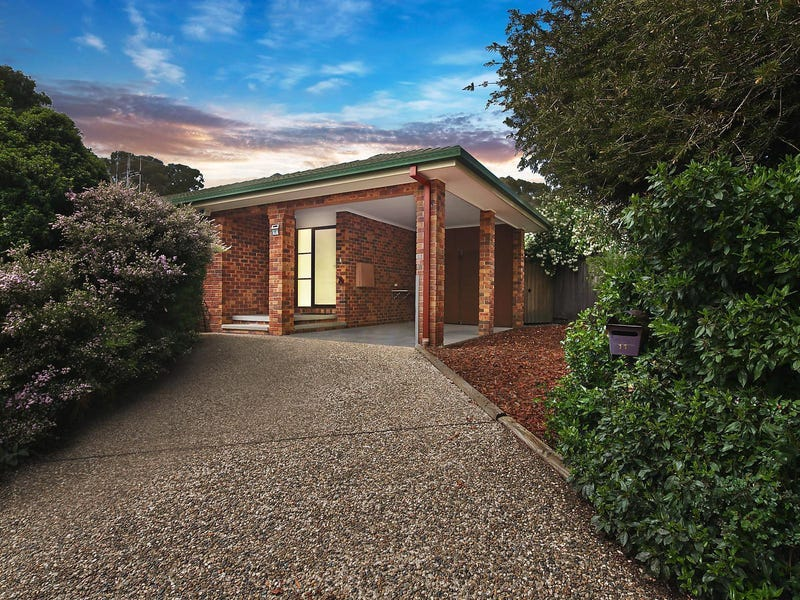 11 Lockhart Place, Amaroo, ACT 2914