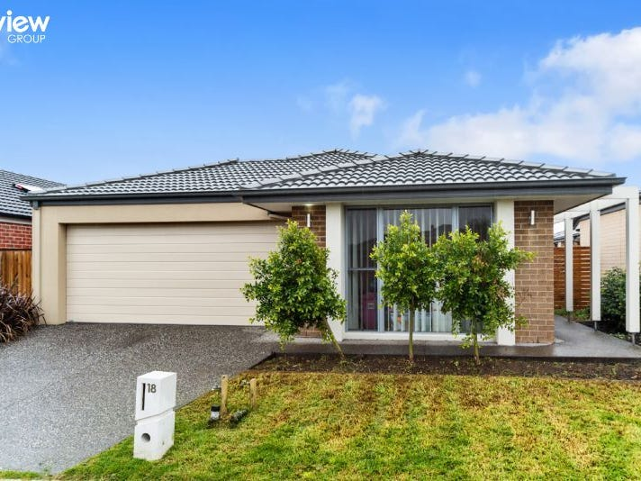 18 Naas Road, Clyde North, Vic 3978