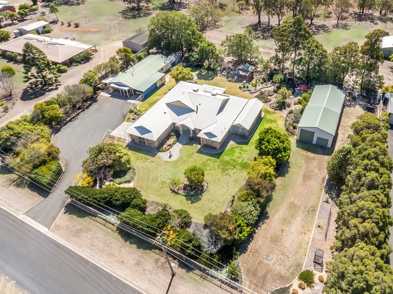 1 Rocky Ridge Court, Cotswold Hills, Qld 4350