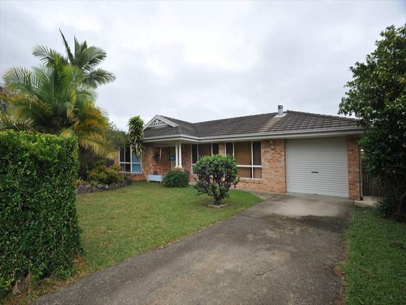 4 Meadow View Cl Boambee East, Coffs Harbour, NSW 2450