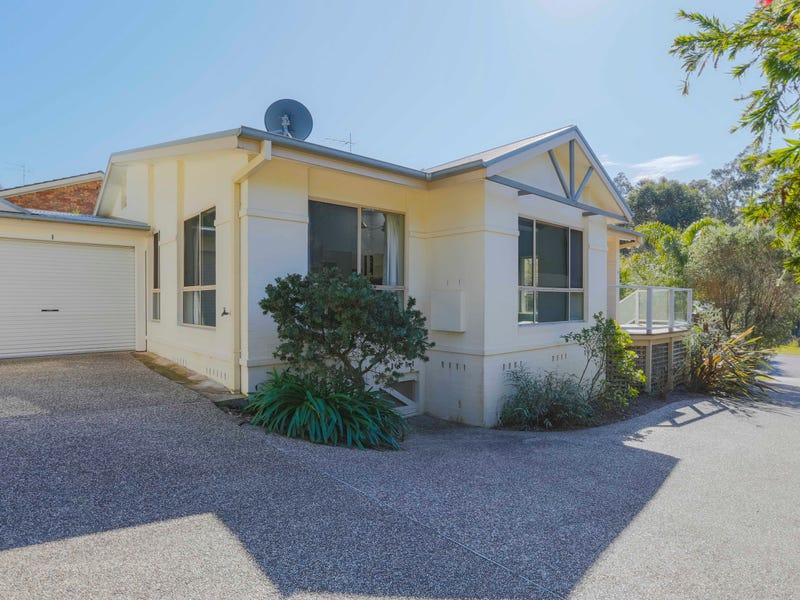 1/71 Karoola Crescent, Surfside, NSW 2536