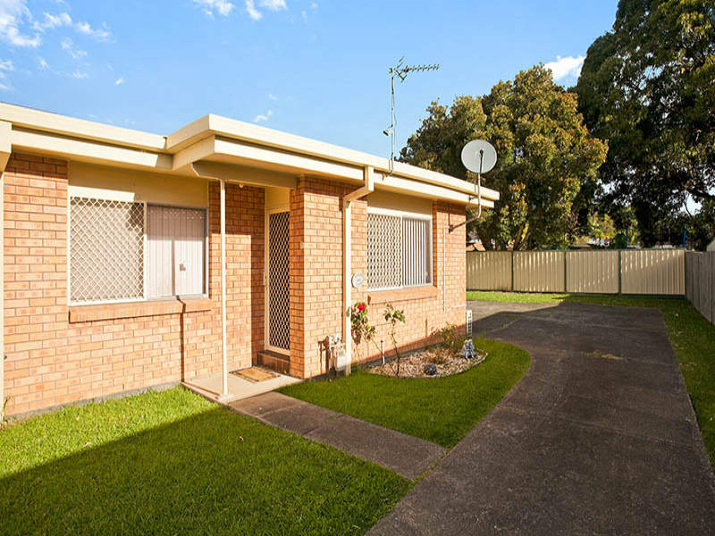 2/6 Lachlan Avenue, Barrack Heights, NSW 2528
