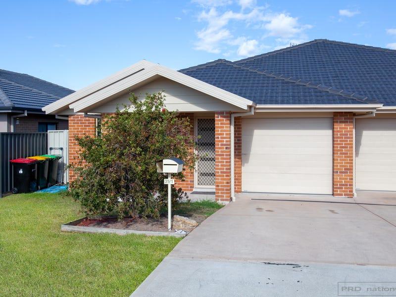 1/31 Broomfield Crescent, Singleton, NSW 2330