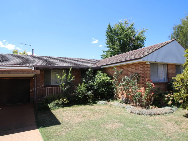 1 Holly Place, Orange, NSW 2800