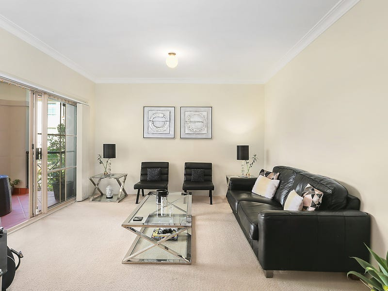 2/2 Mortimer Lewis Drive, Huntleys Cove, NSW 2111