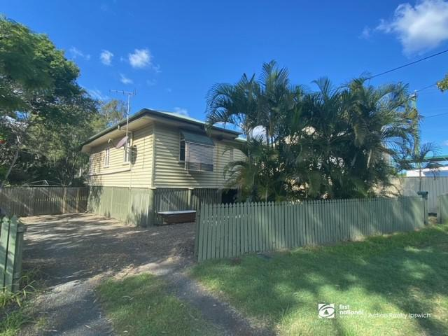 15 Station Road, Riverview, Qld 4303