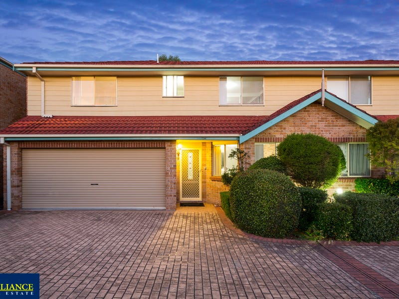 12/6-8 Lehn Road, East Hills, NSW 2213