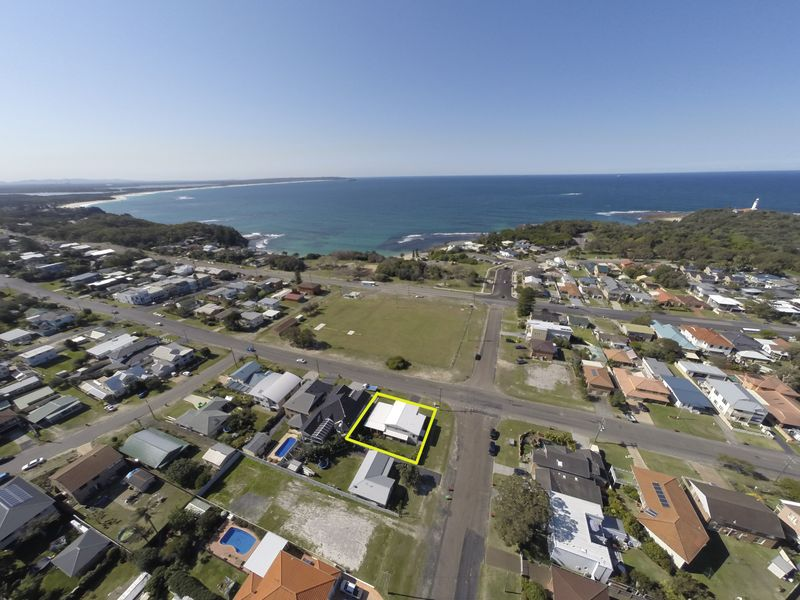 51 Soldiers Point Drive, Norah Head, NSW 2263