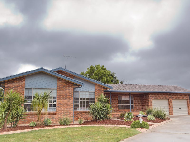 4 Halford Place, Griffith, NSW 2680