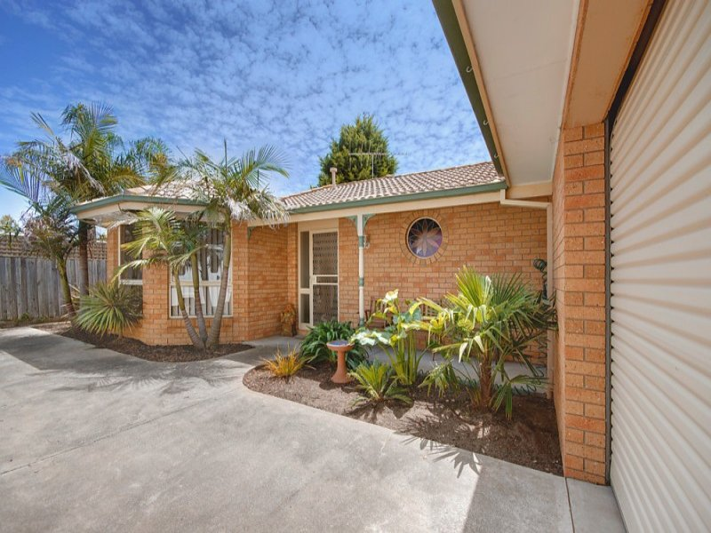 2/21 Mala Court, Grovedale, Vic 3216