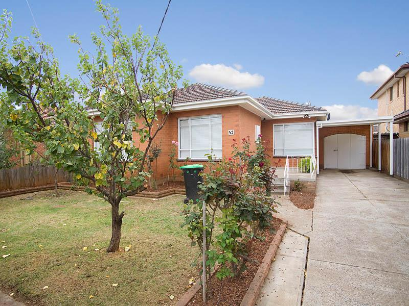 53 Ridge Drive, Avondale Heights, Vic 3034