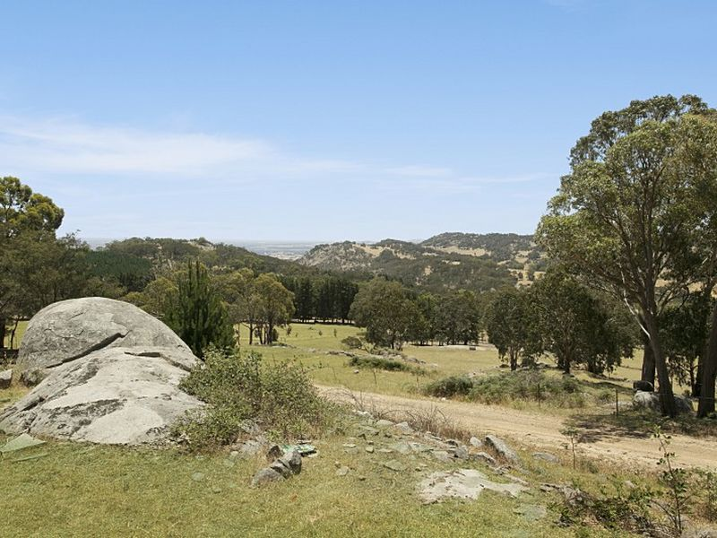 435 Landscape Road, Tallarook, Vic 3659