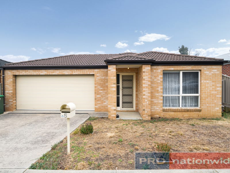 5 Muller Court, Mount Clear, Vic 3350