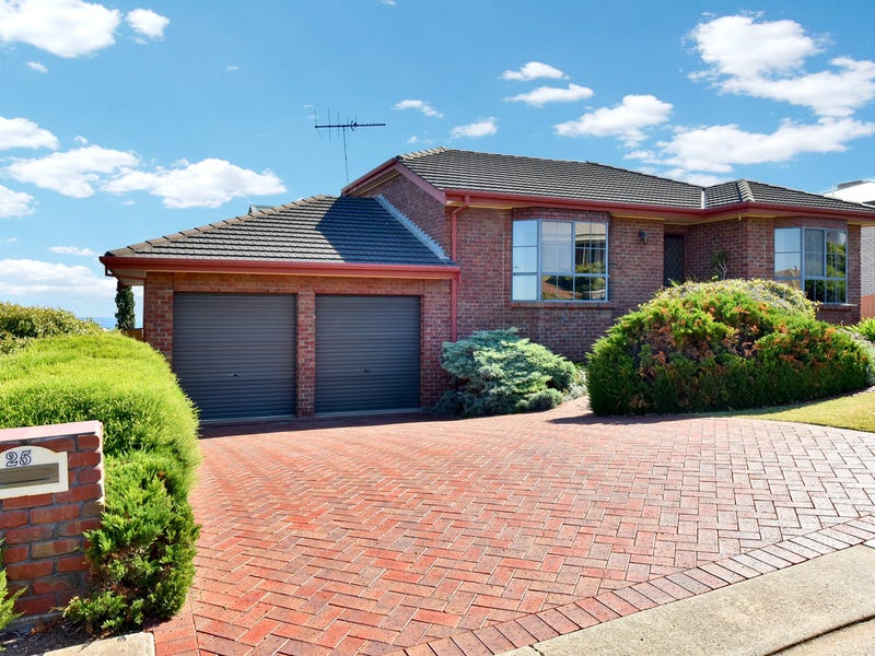 25 Kurrambi Crescent, Hallett Cove, SA 5158