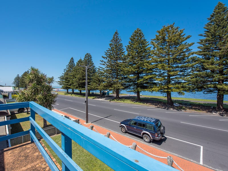 67 Sea Parade, Port Macdonnell, SA 5291