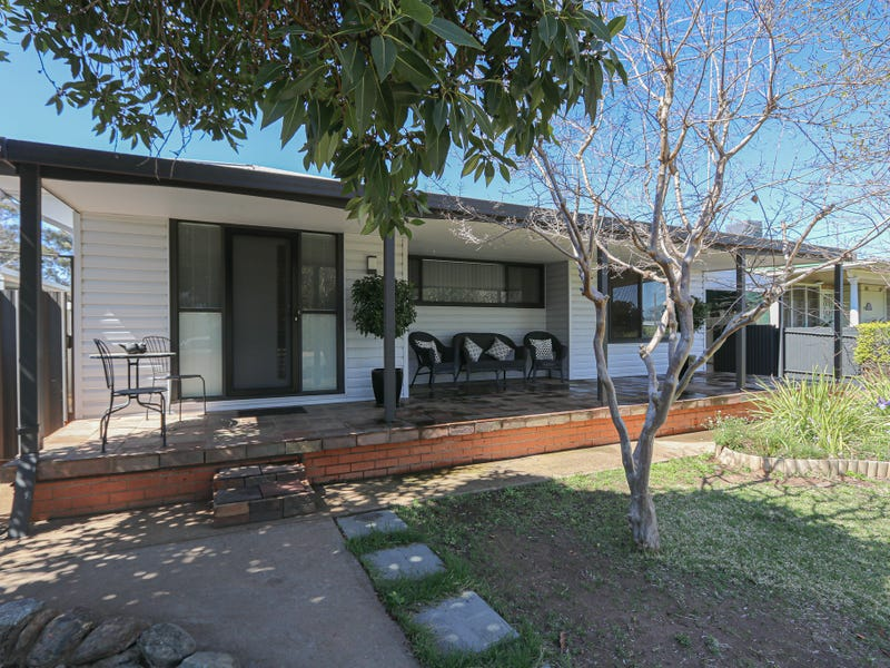 6 Park Street, West Wyalong, NSW 2671