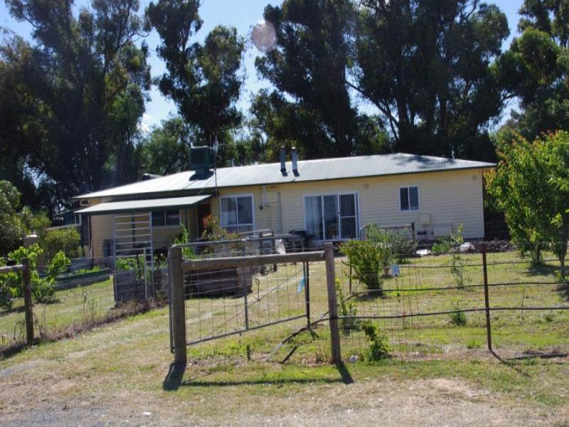 Address available on request, Yalca, Vic 3637