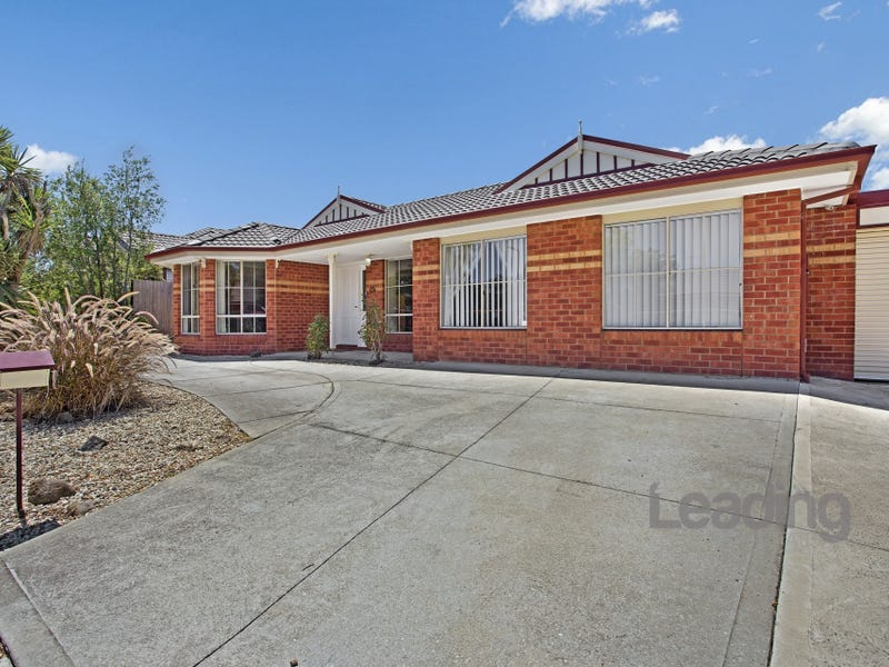 13 Mccabe Crescent, Sunbury, Vic 3429