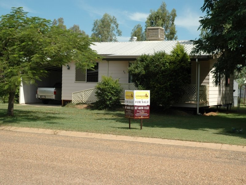 25 Robin Road, Longreach, Qld 4730