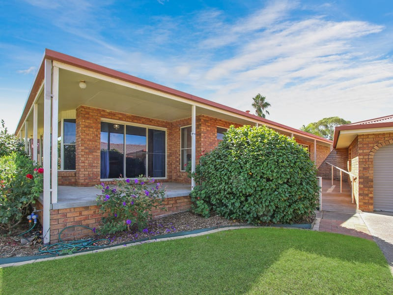 32 Warrenlee Drive, West Albury, NSW 2640