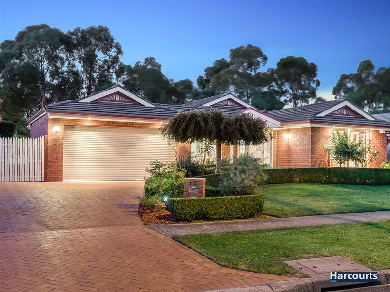 82 Waradgery Drive, Rowville, Vic 3178