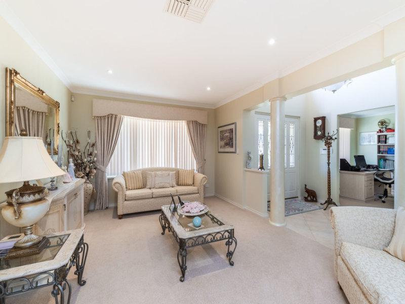 37 Lomandra Drive, Canning Vale, WA 6155