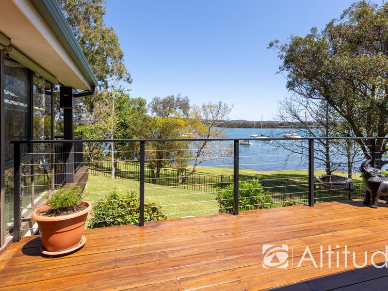 57 Bay Road, Bolton Point, NSW 2283