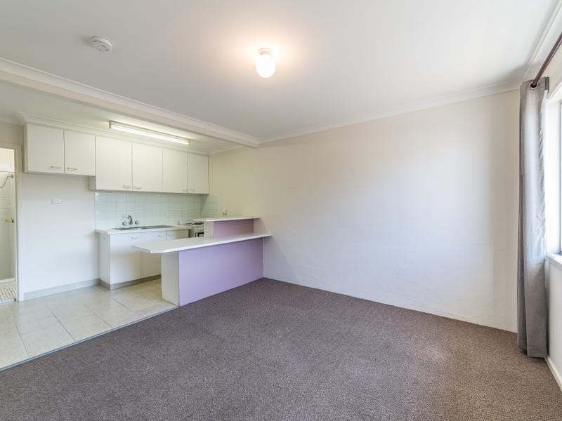 4/194 High Street, Southport, Qld 4215