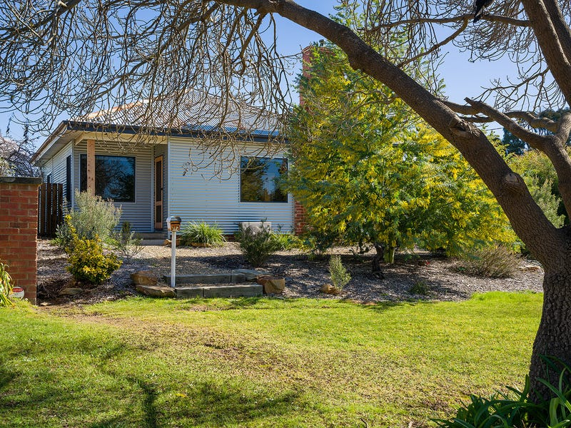 117 Farnsworth Street, Castlemaine, Vic 3450