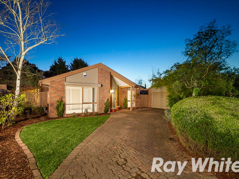 4 Pitfield Crescent, Rowville, Vic 3178