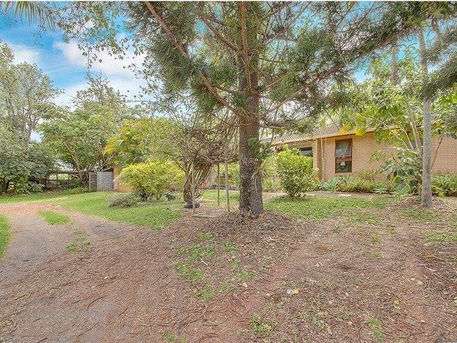 35 Scenic Hwy, Cooee Bay, Qld 4703