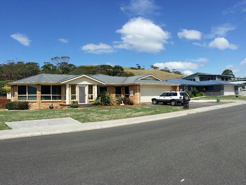2 Seabreeze Avenue, Sulphur Creek, Tas 7316