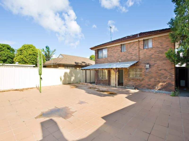 13 Edith Street, St Peters, NSW 2044