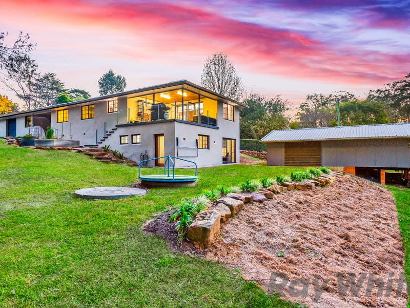 329 Blaxlands Ridge Road, Kurrajong, NSW 2758