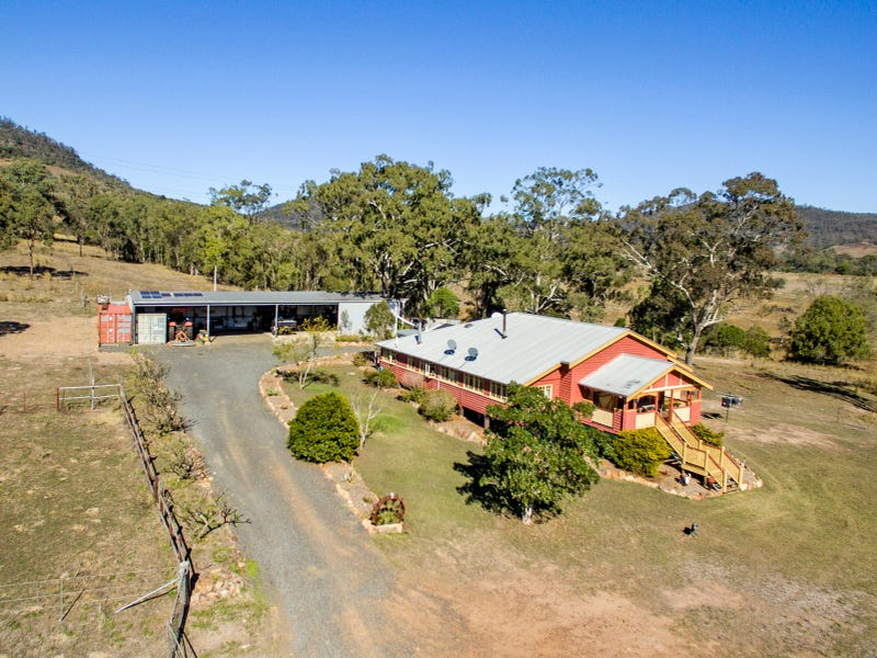 14 Crans Road, Flagstone Creek, Qld 4344