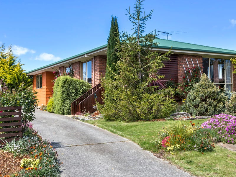 22 Whitewater Crescent, Kingston, Tas 7050