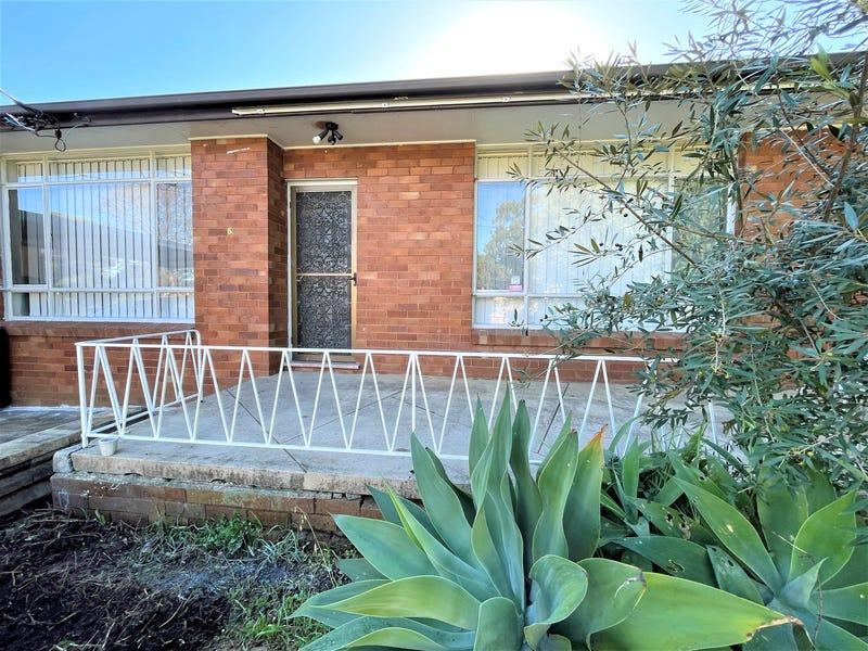 6 Dunmore Crescent, Casula, NSW 2170