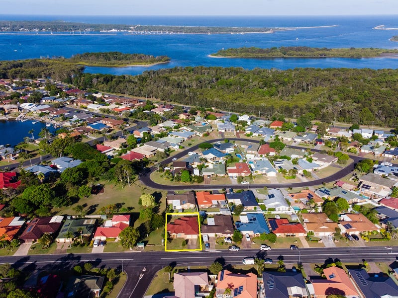 28 The Halyard, Yamba, NSW 2464