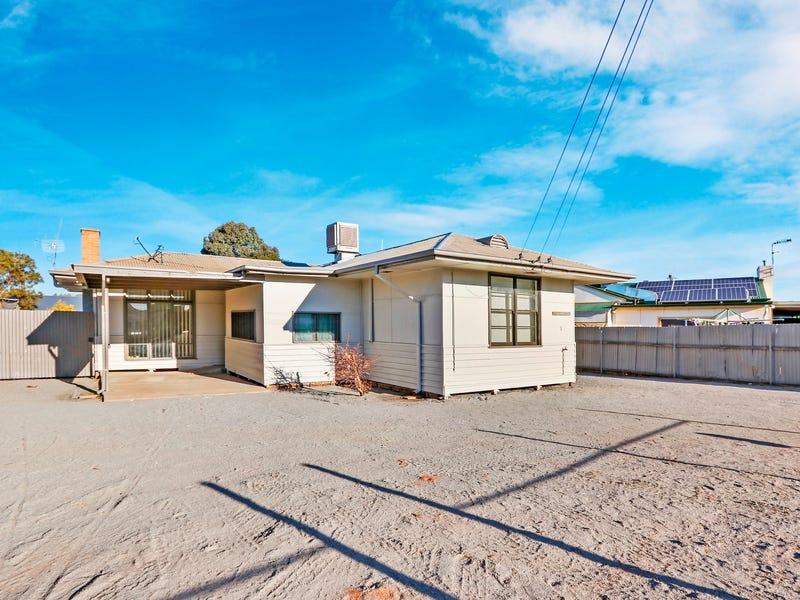 1 Lambert Place, Broken Hill, NSW 2880