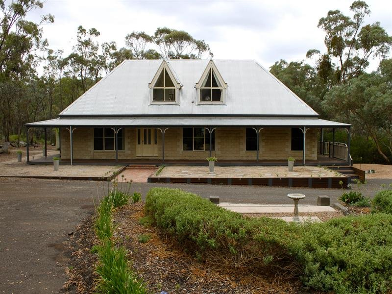 Address available on request, Long Forest, Vic 3340