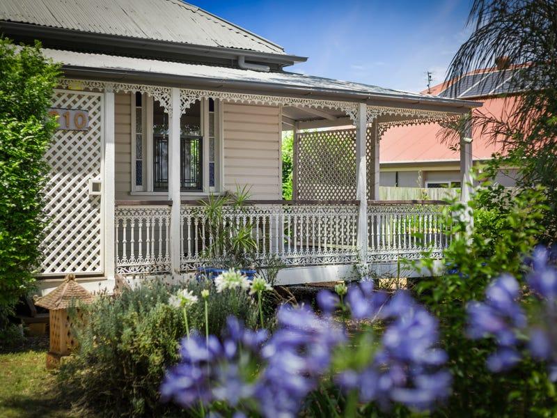 210 Perth Street, South Toowoomba, Qld 4350