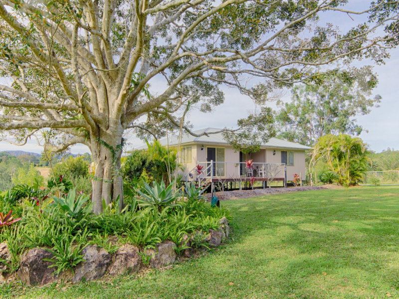 99 Poulsen Road, Carters Ridge, Qld 4563