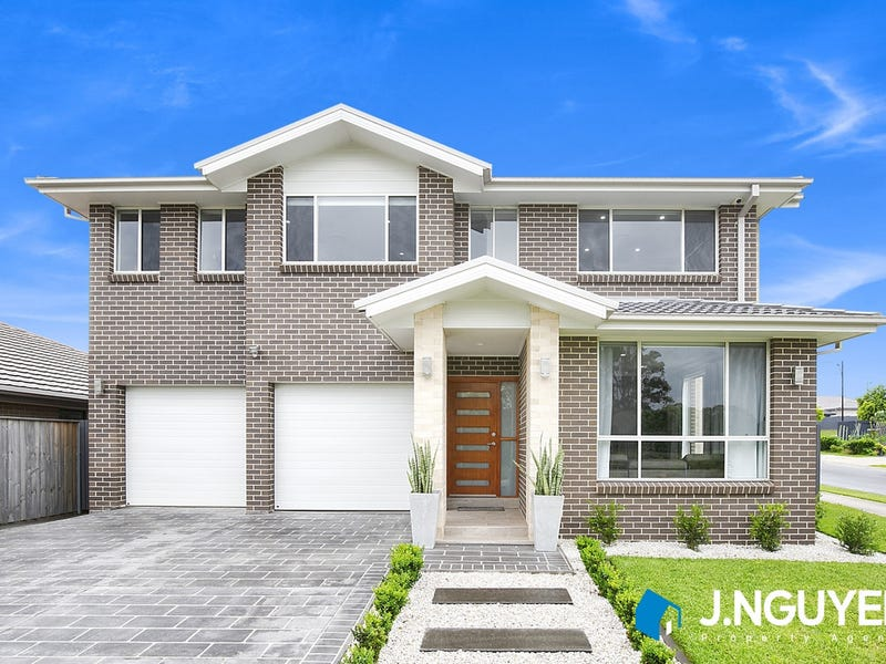 121 Robey Avenue, Middleton Grange, NSW 2171